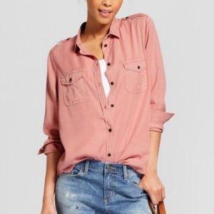 Universal Thread collared Button Down Shirt